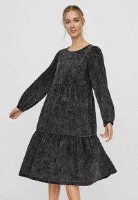 Vero Moda - Denim dress - black - 0