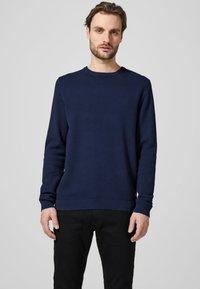 Produkt - PKTHNN  - Sweter - blues - 0