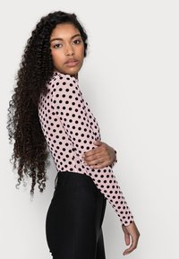 Missguided Petite - SPOT BODYSUIT - Blouse - baby pink - 3