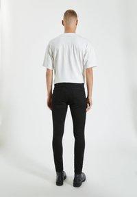 PULL&BEAR - Jeans Skinny Fit - mottled black - 2
