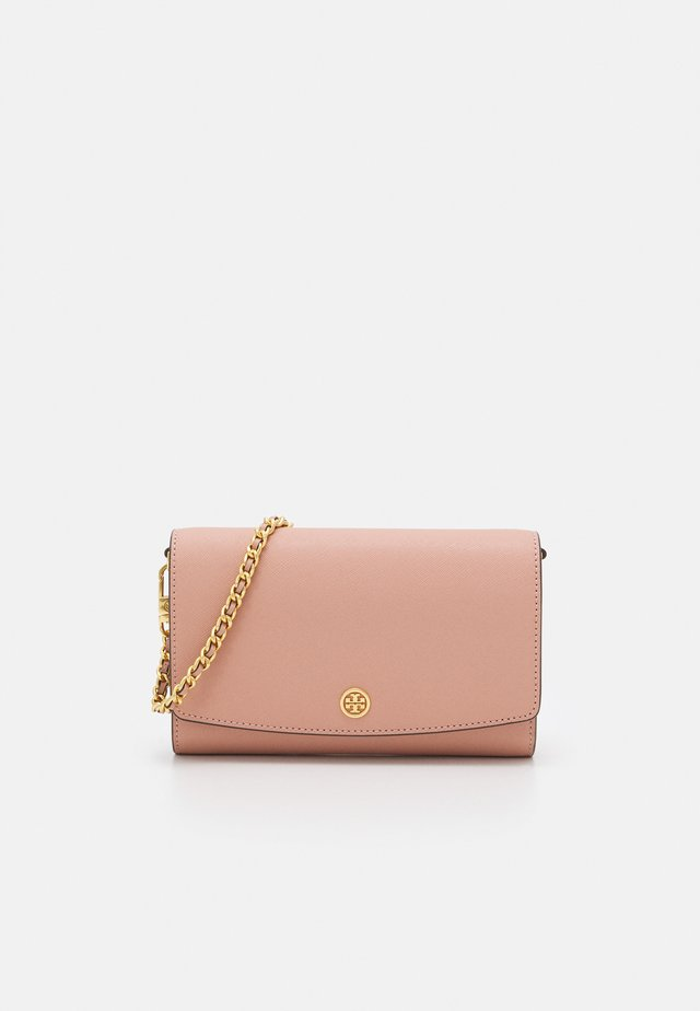 ROBINSON CHAIN WALLET - Sac bandoulière - pink moon/rolled brass