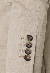 Selected Homme - SLHSLIM MYLOLOGAN SUIT - Suit - sand - 7
