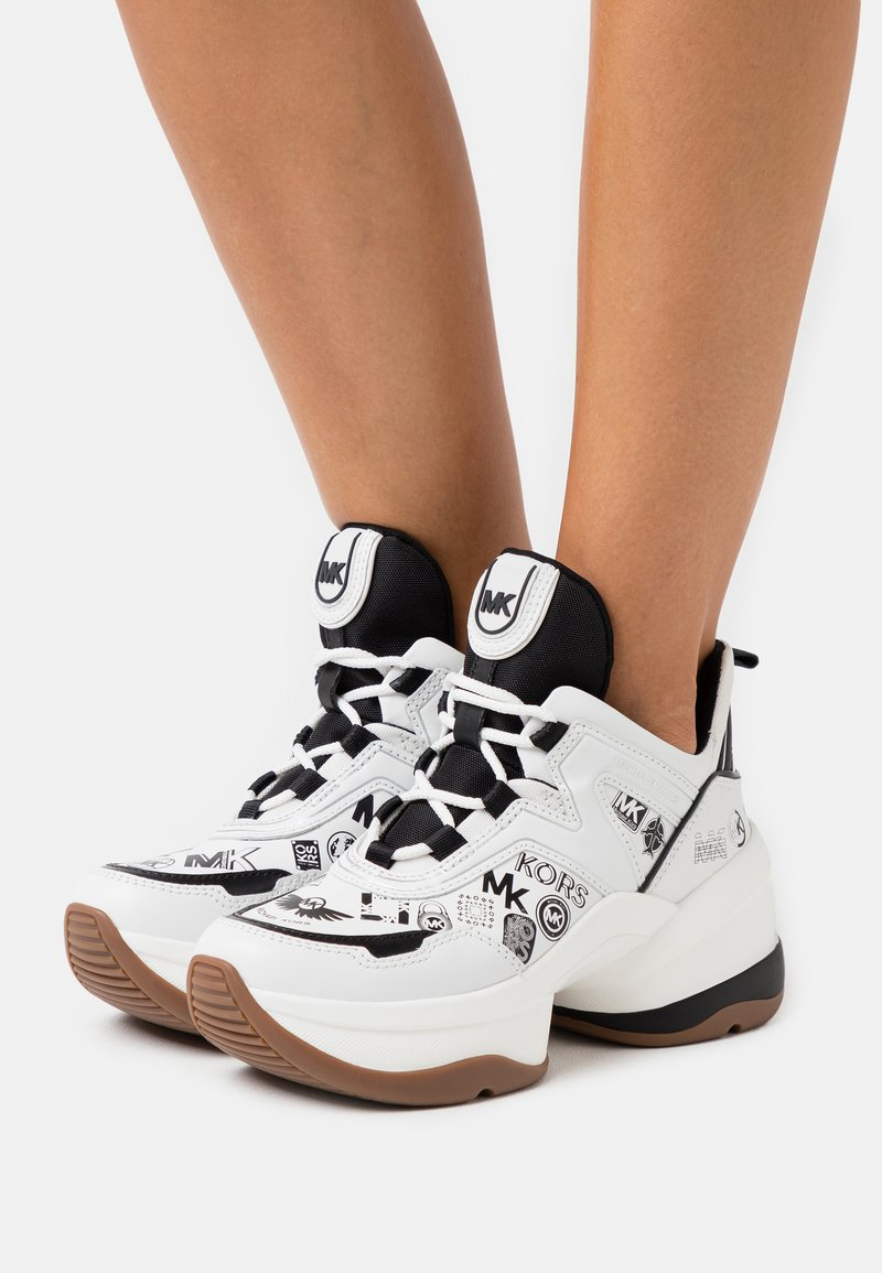 MICHAEL Michael Kors - OLYMPIA TRAINER - Zapatillas - optic white/black