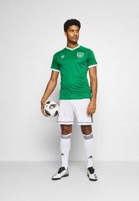 Umbro - IRELAND HOME - Club wear - green - 1