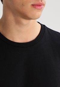 Lee - 2 PACK - Basic T-shirt - black/white - 5