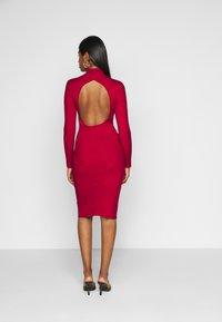 Fashion Union Petite - PHERSON - Strikket kjole - red - 2