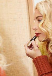 Bobbi Brown - LUXE LIP COLOR - Lipstick - sunset orange - 1