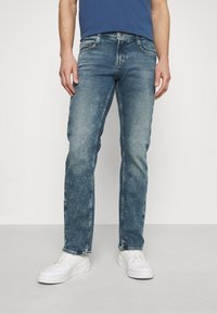 Mustang - OREGON - Jeans straight leg - denim blue - 2