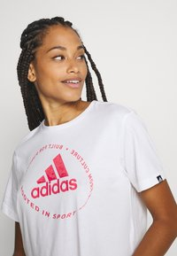 adidas Performance - CIRCLED TEE - Printtipaita - white - 0