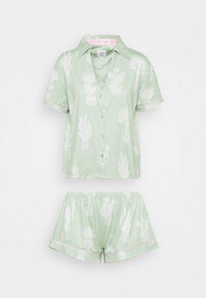 Pyjama - light green
