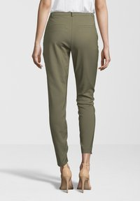Fiveunits - HOSE ANGELIE 238 - Trousers - light green