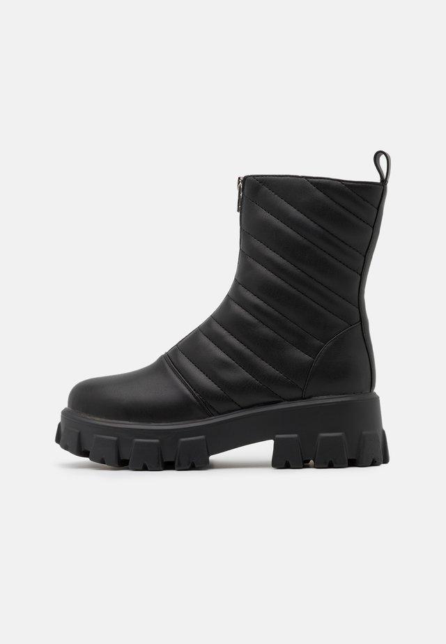 JLDRAE FRONT ZIPPER CHUNKIE BOOTS - Platåstøvletter - black