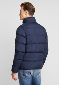 Calvin Klein Jeans - HOODED PUFFER - Down jacket - night sky - 4