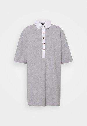 OVERSIZED POLO SHIRT DRESS - Denní šaty - grey