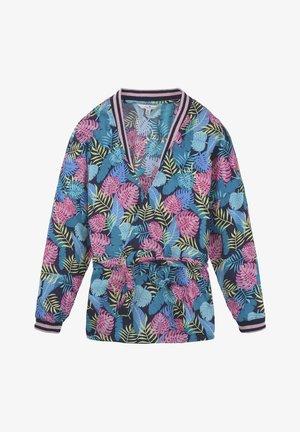 Korte jassen - blue/light pink