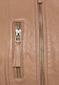 Oakwood - EACH - Leather jacket - nuts - 2