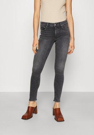 CATE MID RISE SKINNY - Jeans Skinny Fit - black opal