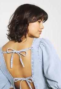 Gina Tricot - BABYDOLL DRESS - Denim dress - light blue - 3