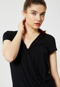 Talence - T-shirt con stampa - noir - 3