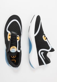 Nike Performance - JOYRIDE DUAL RUN - Obuwie do biegania treningowe - black/football grey/white/laser orange/university blue/dark smoke grey - 1