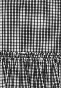 Patrizia Pepe - ABITO VICHY - Denní šaty - black - 2