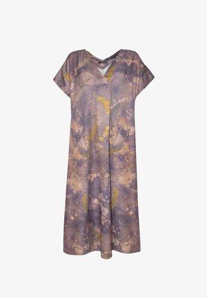 Day dress - mauve