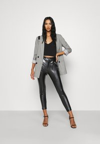 Even&Odd - HIGH WAISTED PU BUTTON UP LEGGINGS - Leggings - black