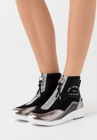 KARL LAGERFELD - VITESSE SOCK ZIP - Sneaker high - black/silver - 0