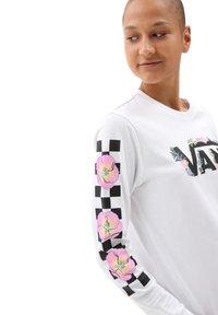 Vans - WM TROPPY V - Long sleeved top - white - 3