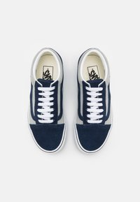 Vans - OLD SKOOL UNISEX - Trainers - dress blues/mineral gray - 3