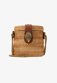 ROUND BUCKET BAG - Bandolera - camel