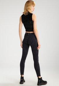 Urban Classics - Leggings - Trousers - darkgrey - 2