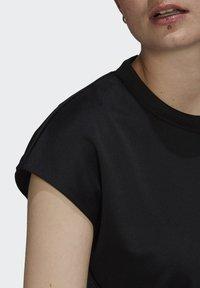adidas Originals - SHORT JUMPSUIT - Mono - black - 4