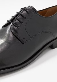 Melvin & Hamilton - ALEX - Smart lace-ups - black - 5