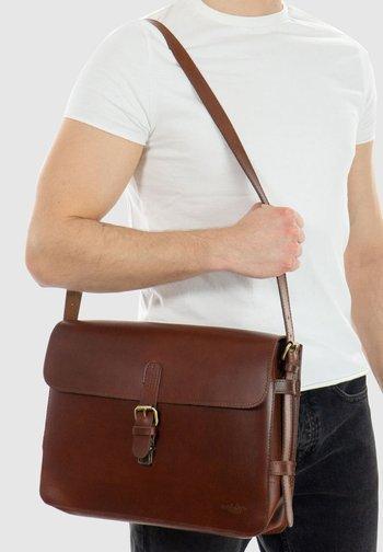 Across body bag - walnut