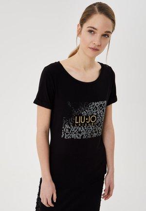 WITH APPLIQUÉS - Print T-shirt - black