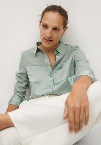 Mango - BIMA - Button-down blouse - vert - 3