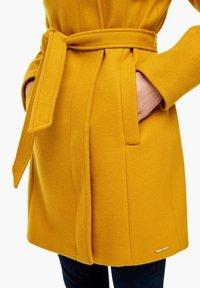 s.Oliver - Short coat - yellow - 5