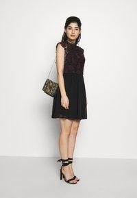 Chi Chi London Petite - SAWYER DRESS - Juhlamekko - black - 1