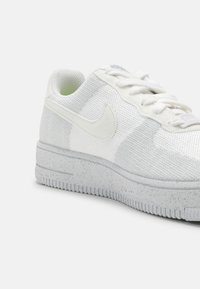 Nike Sportswear - AIR FORCE 1 CRATER UNISEX - Sneakers laag - white/sail/wolf grey - 4