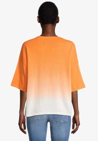 Cartoon - Jumper - white orange - 2