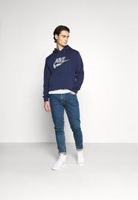 Nike Sportswear - HOODIE - Hoodie - midnight navy/(reflective) - 1
