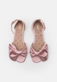 Red V - Sandals - rose baby - 4