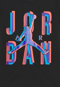 Jordan - SPACE EXPLORATION TEE UNISEX - Printtipaita - black - 2