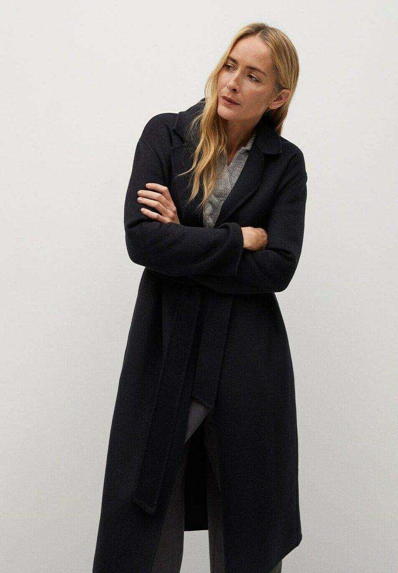 Mango - Klasický kabát - schwarz