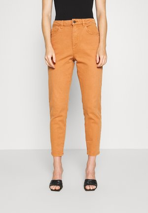 MODERN TAPE - Straight leg jeans - rust brown