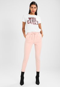 ONLY - POPTRASH EASY COLOUR  - Tracksuit bottoms - rose smoke - 1