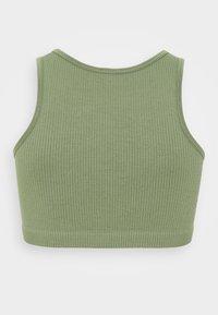 South Beach - SEAMLESS HIGH NECK MUSCLE BACK TANK - Light support sports bra - light green - 1