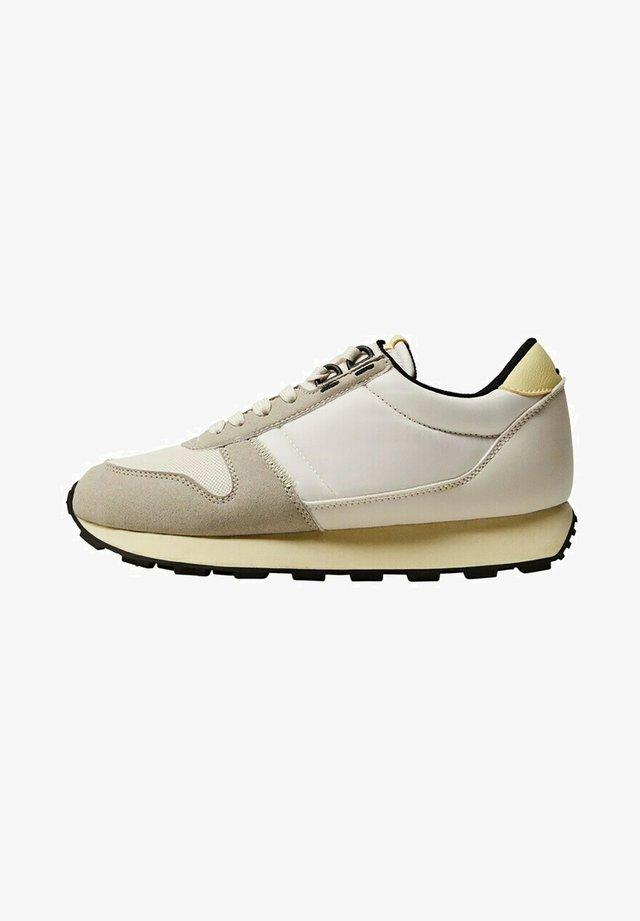 SALTA - Sneakers laag - amarillo pastel