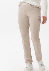 BRAX - STYLE PAMINA - Trousers - sand - 0